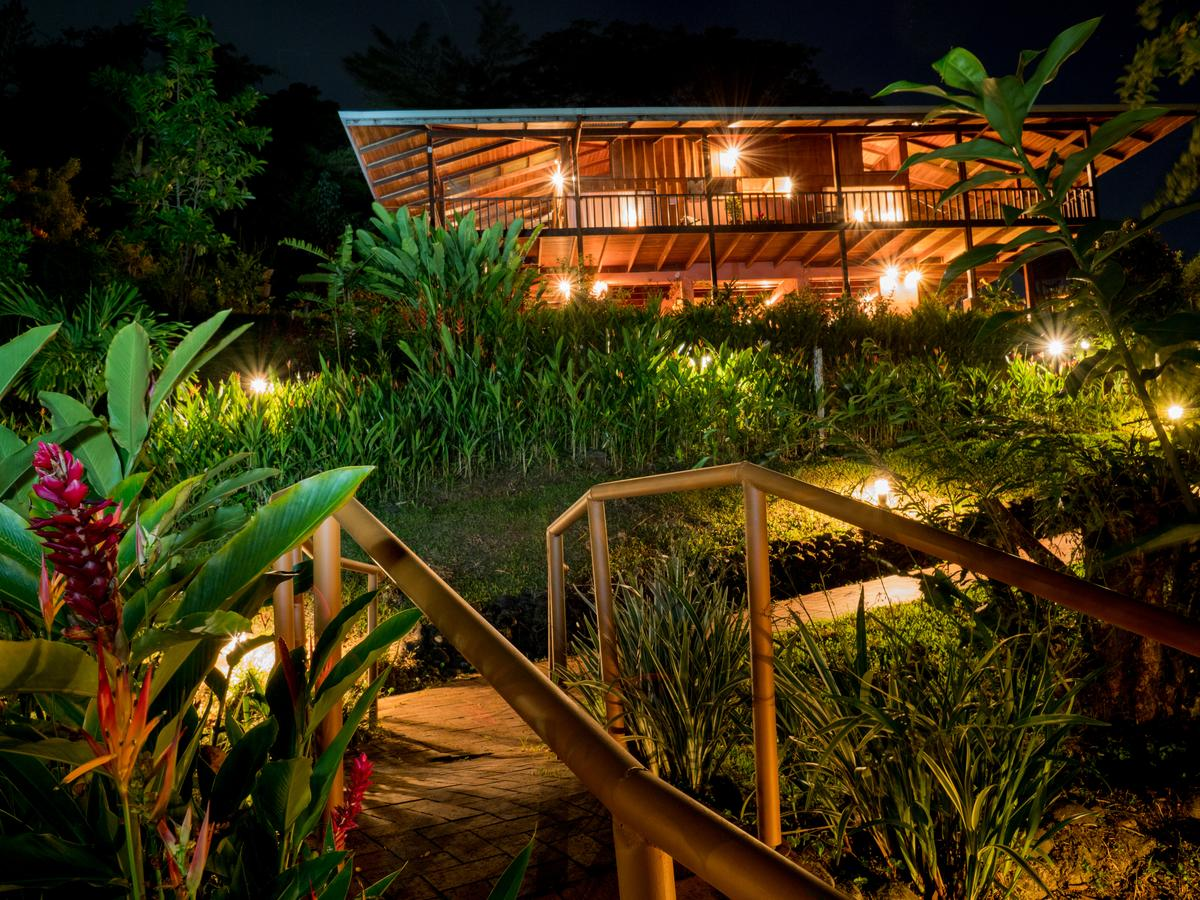 Fina La Nueva Dschungel Lodge