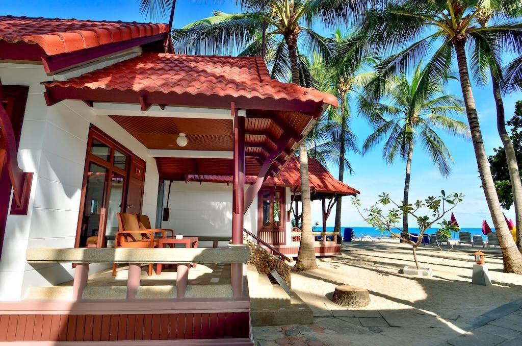 First Bungalow Strand Resort Thailand