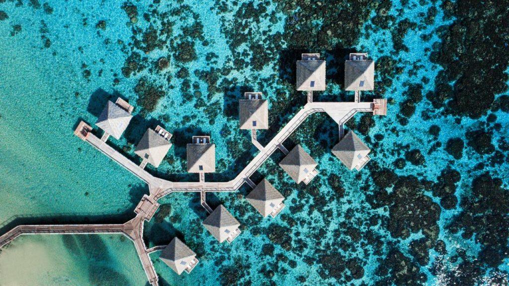 3 Atemberaubende Wasserbungalows auf Tahiti