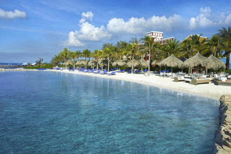 Renaissance-Curacao-Resort-and-Casino