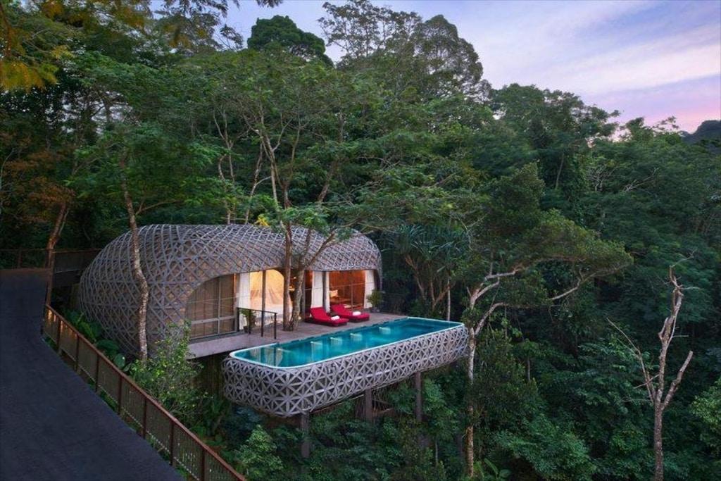 9 Spektakuläre Baumhaus-Villen in Thailand