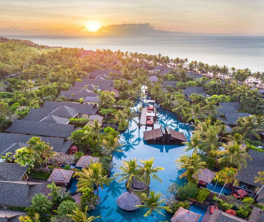 6 Wasserbungalows auf Bali